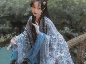 美女模特汉元素服饰