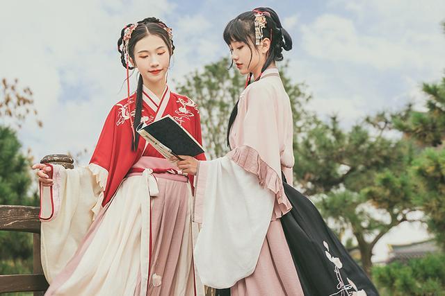 有这些特点的女生都是很适合穿汉服的古典美人