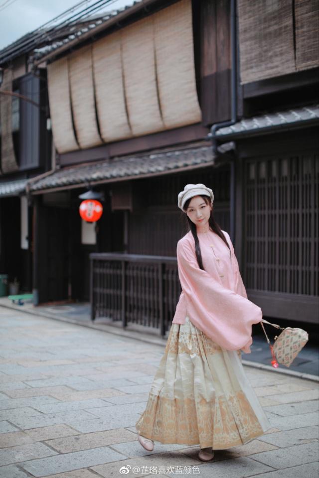 仙女东渡,洛阳女孩穿汉服走红日本京都