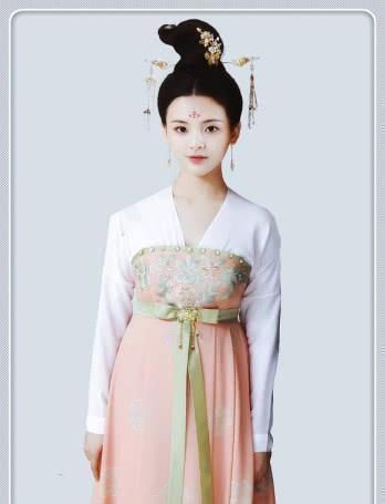 鞠婧祎穿过汉服,迪丽拉穿过汉服,杨超越穿过汉服